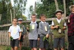 WW2 school groups