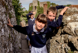 school trip at Carisbrooke Castle