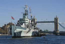 Imperial War Museum, HMS Belfast - Kip on a ship
